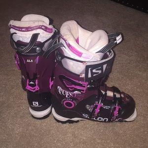 hvor kan det købes nærmere kl officielle fotos 23.5 Salomon Quest Pro 100 women's ski boot
